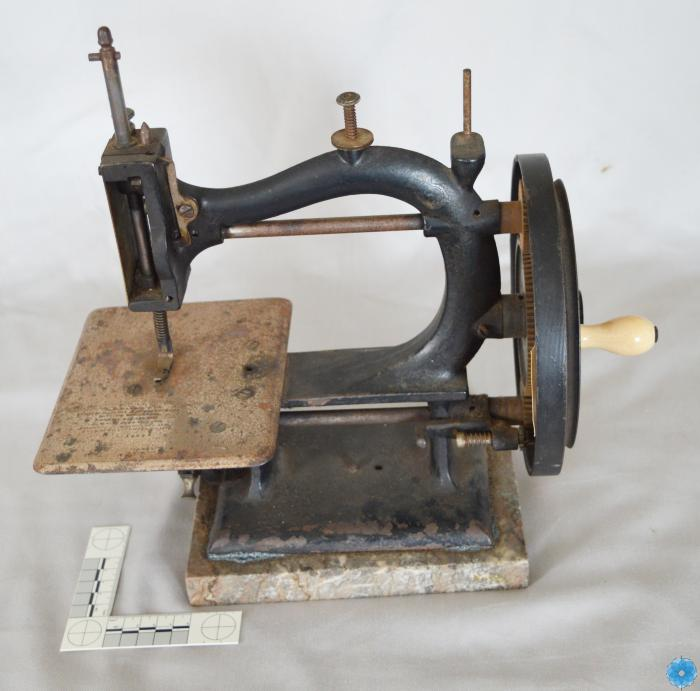 Machine, Sewing