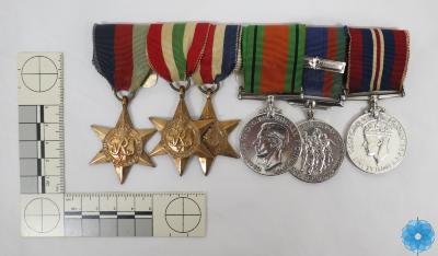 Set, Medal
